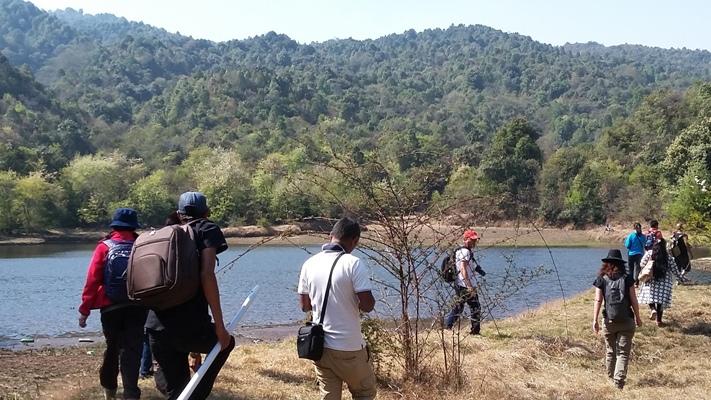 Dhap Lake in Shivapuri Nationalpark -  himaland.com